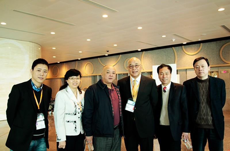 中国玩具协会石晓光理事长、梁梅秘书长参观和信公司